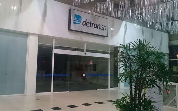 DETRAN de São Paulo / Unidade ARICANDUVA